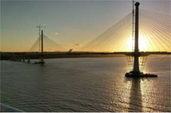 Bad weather and falling ice close Queensferry Crossing image