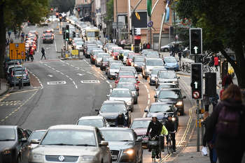 Five Bristol residents die prematurely each week due to pollution image