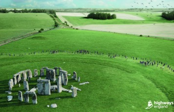 Highways England denies Stonehenge drilling blunder image