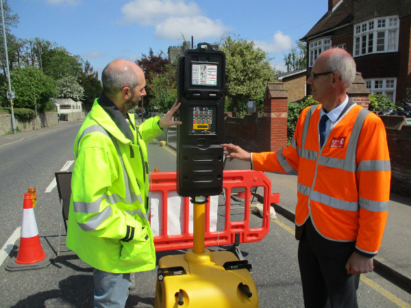 Lane rental cash funds smart traffic light trial image