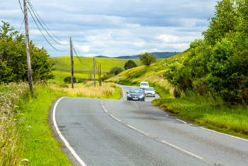 Local road staffing in Scotland falls by 20% image