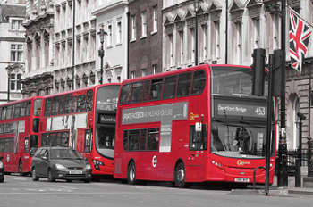 London buses kill or seriously injure four a week image