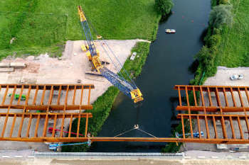 Milestone moment on A14 as Great Ouse viaduct takes shape image