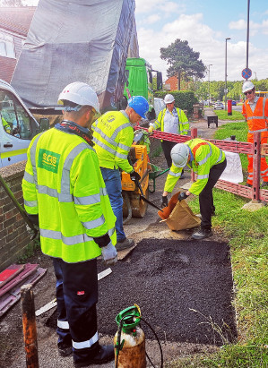 Plastic waste trialled in hand lay (and footway) reinstatements image