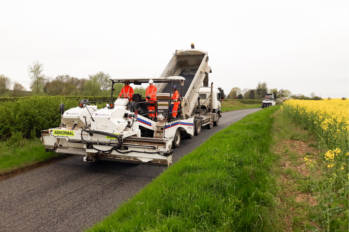 Ringway Jacobs and the Etnyre Chip Spreader: A match made for Buckinghamshire  image