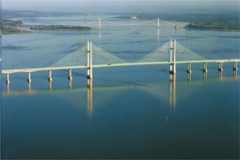 Severn crossings now toll free image