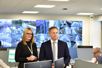 Shapps cuts ribbon on congestion busting transport centre image