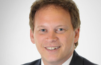 Shapps takes over at DfT image