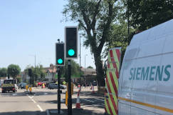 Siemens starts UKs Plus+ traffic signal revolution image